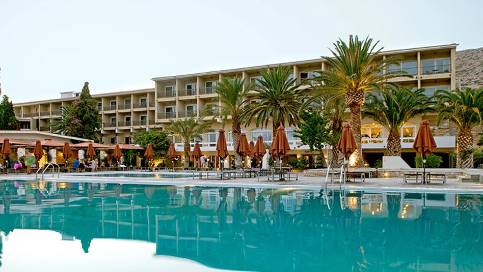 Samos Doryssa Seaside Resort - בריכת השחייה במלון
