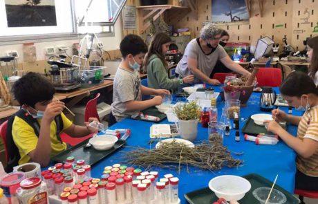 """""""מו""""פ הילדים התכווצו"""": יום המדע בערבה התיכונה"""