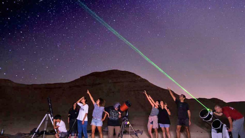 """""""כוכבים בערבה"""": תצפיות כוכבים בשמי המדבר"""